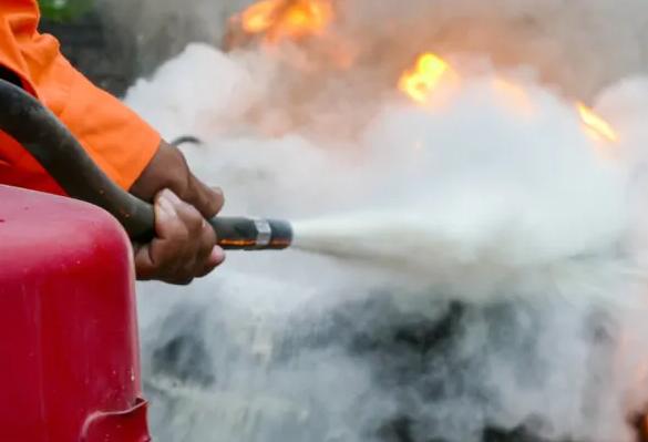 Figure 4 Foam Extinguisher